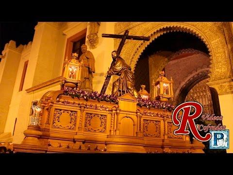 Salida del stmo cristo de la corona sevilla 2015 youtube for La fabrica del mueble sevilla