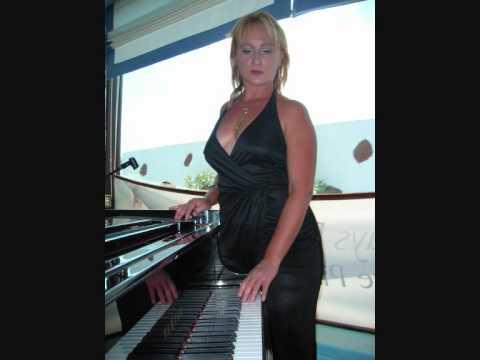 EKATERINA MIHAYLOVA-PIANO CONCERTO NUMBER 2 IN C MINOR BY 'RAHMANINOV-ALEGRO SCHERZANDO'-1ST P.-2003