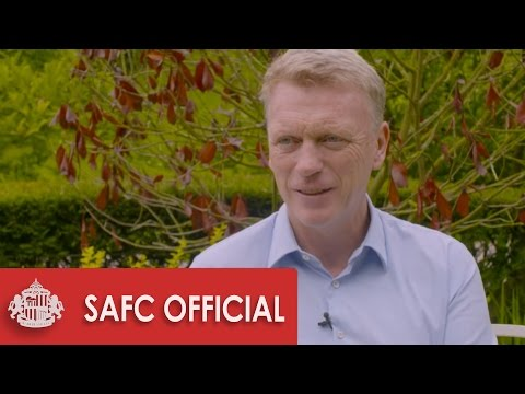 MOYES UNVEILED AS MANAGER!