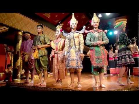 Thai Dance at Sala Rim Naam Mandarin Oriental Bangkok
