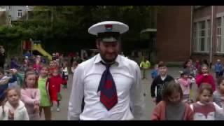 Kapitein Winokio- Spelen op de speelplaats uit Pluk de dag