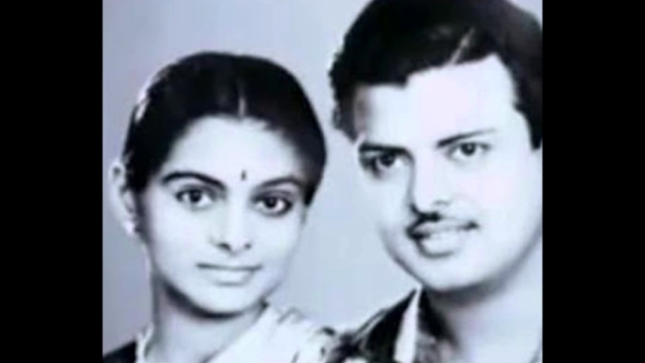 Rekha Is Actor Gemini Ganesan And Actress Pushpavalli S: Tamil Actor Gemini Ganeshan With His Three Wifes Rare And