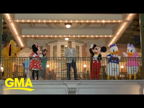 Mickey and Walt Disney World staffers wave goodbye as coronavirus forces park closure l GMA Digital