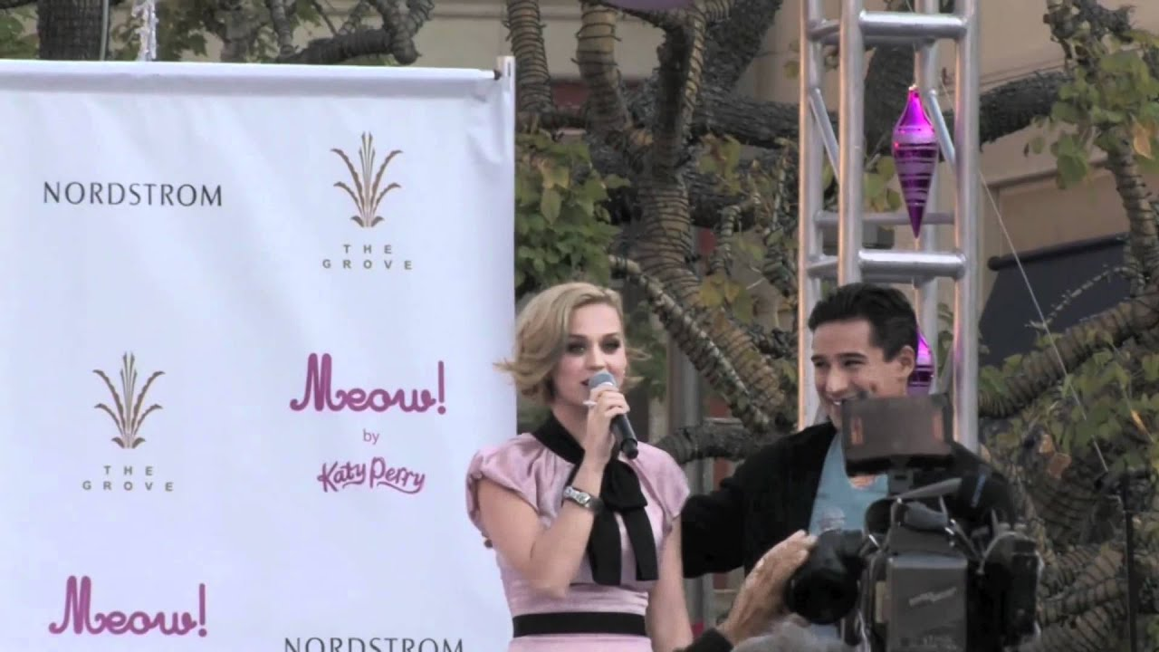 28bee8041ce446 Katy Perry Shows Off Her Curves At Perfume Launch - Splash News ...