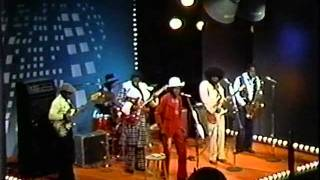 Junior Wells & Buddy Guy - Little By Little