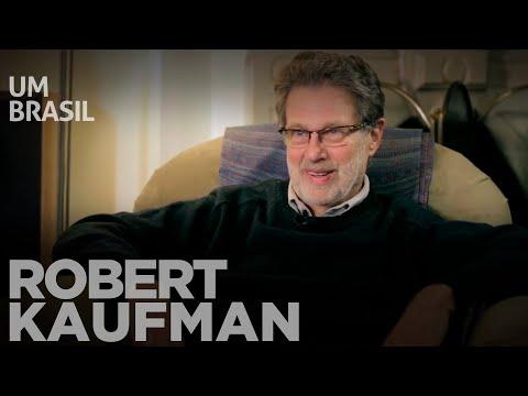 Robert Kaufman avalia o avanço democrático e o Bolsa Família