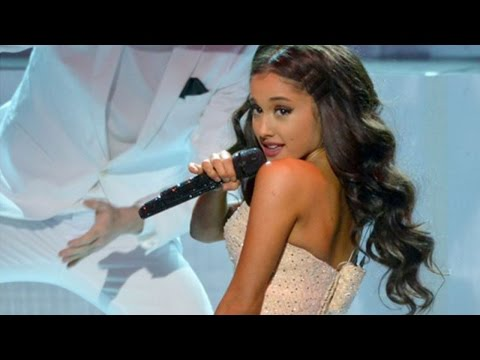ariana-grande-performs-focus-during-the-american-music-awards-2015
