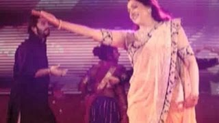 Hema malini performed at esha deol's sangeet