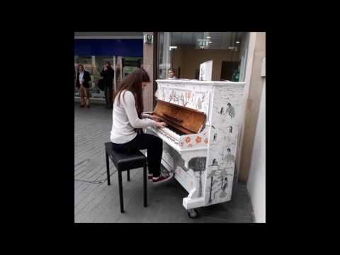 Exeter Popup Piano's. Guildhall shopping Centre. 20/05/2017