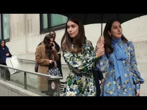 Models Off Duty Highlights | Paris Fashion Week S/S 2018 from YouTube · Duration:  2 minutes 47 seconds