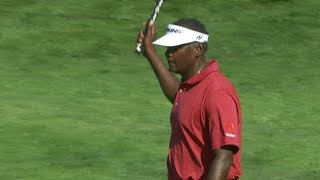 Vijay Singh holes unbelievable putt from off the green at Quicken Loans