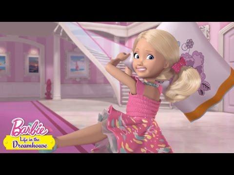 Sama doma | Barbie