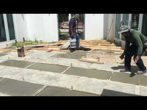 How to build concrete pavers for patio