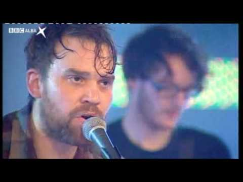 Frightened Rabbit : 07/01/09  Head Rolls Off