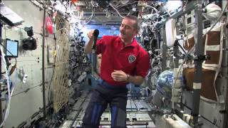 Hadfield Shares The Excitement Of Space With Canadian Students