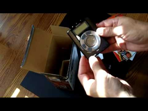 Diamond Rio PMP300 - Portable MP3 Music Player Demo