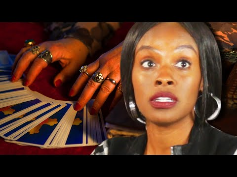 Thumbnail: Single People Get Their Tarot Cards Read
