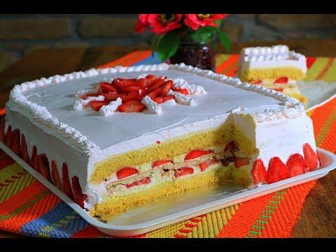 Žuta torta sa jagodama