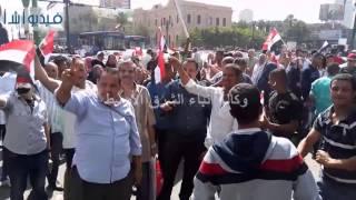 بالفيديو: احتفالات المواطنون بعيد تحرير سيناء أمام دار القضاء العالي