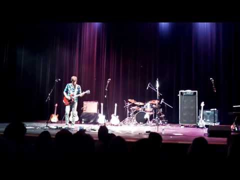 Young Dubliners - Bob's solo & Unreel - Beverly Arts Center - November 15, 2013