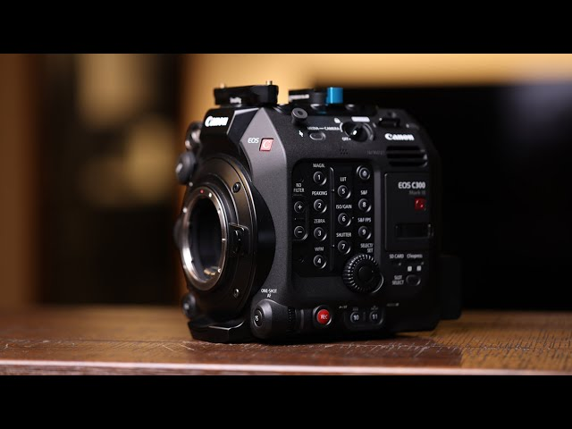 Review of Canon C300 mark III / Test Footage / Comparing to Canon C200