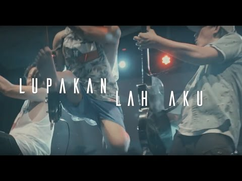 Rocket Rockers - Masih Banyak Hati Yang Menunggu - Official Lyric Video - (Live Audio Version)