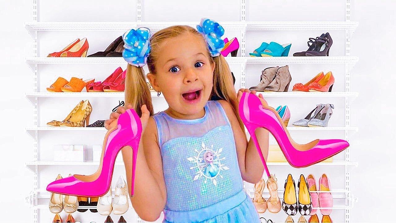 डायना मॉम के जूते पहनती है