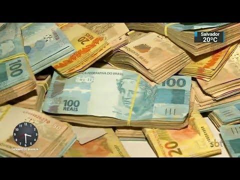 Polícia prende quatro suspeitos de integrar facção criminosa do RS | SBT Notícias (18/10/17)