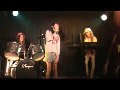 EMAE - Banda: Girls & Rock - Rolling in the deep