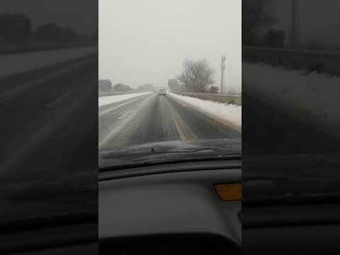 Neige sur l'autoroute A9 entre Narbonne et Béziers, le mercredi 28 février 2018