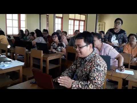 Pelatihan Pengembangan Multimedia Pembelajaran Berbasis ICT bagi KKG Gugus 1 Kecamatan Saparua Kabupaten Maluku Tengah