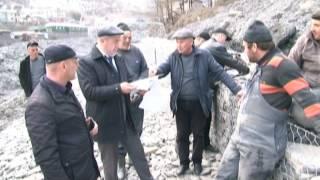 Руководство Тляратинского района посетили строительство берегового укрепления