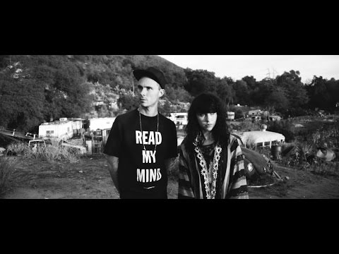 SLOWOLF - White Feathers feat. Kimbra (Live Session)