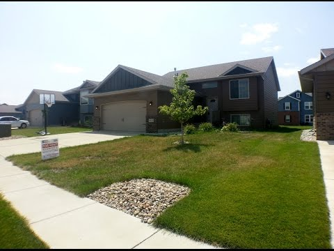 """Sioux Falls Property Management"" 2517 S Lancaster Drive, Sioux Falls, SD ""Sioux Falls Homes for Ren"