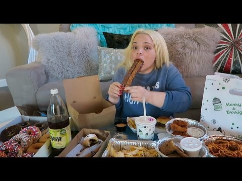 10K Calorie Challenge | Girl VS Food | Epic Cheat Day | Tris