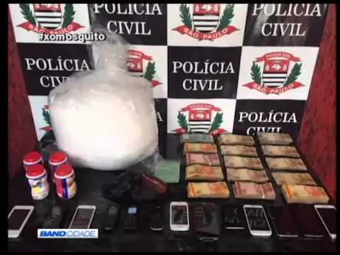 POLÍCIA CIVIL PRENDE 2 E  APREENDE DROGAS