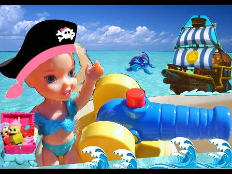 Elsia and Anna toddlers PIRATES! Waterpark  swimming pool Shopkins treasure hunt Little Tikes