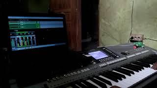 Sampling keyboard psr s710