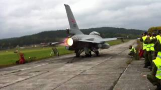 F-16 Full Afterburner - 11 litres fuel per second!
