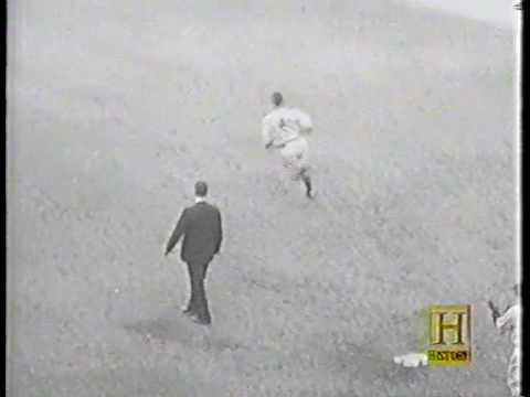 1933 World Series featuring a home run by Mel Ott