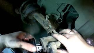 Замена передних тормозных колодок на Форд Фокус