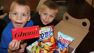 Kids Try Foods from South Korea || Universal Yums