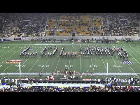 Cal Band Taylor Swift Show ft. Shake It Off