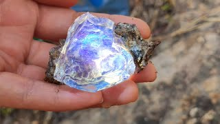 So lucky! I found the most precious diamond in the world! Gems, gold mines, crystals, amber?