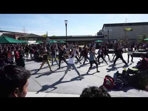 [Homestead High School KREW] Dream High Flashmob (K-pop)