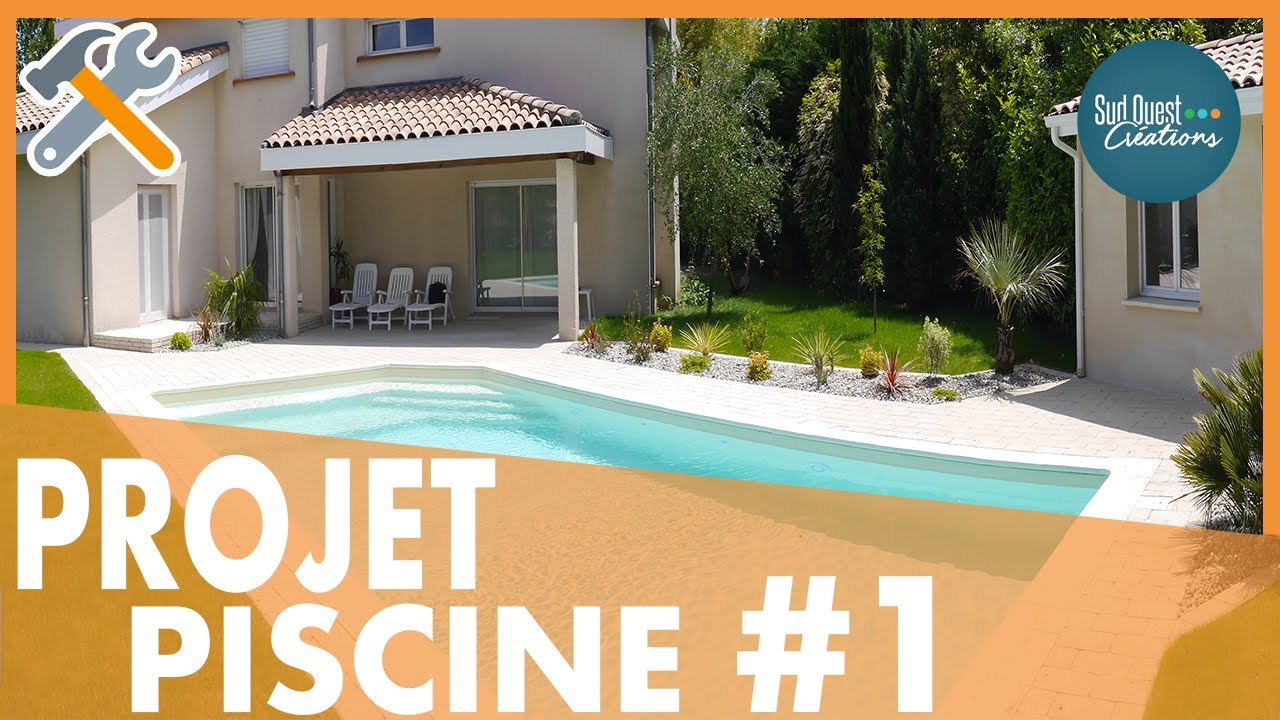 Construction d 39 une piscine par sud ouest cr ations youtube for Construction piscine desjoyaux youtube
