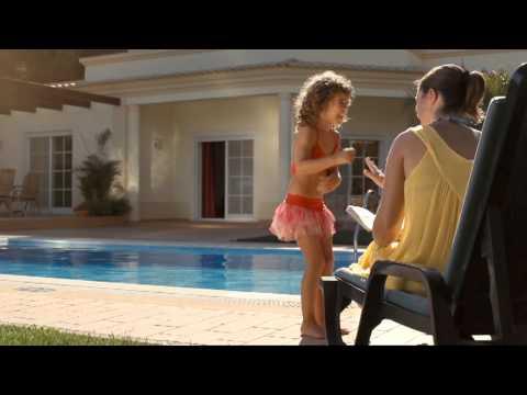 Happy Feet - James Villa Holidays