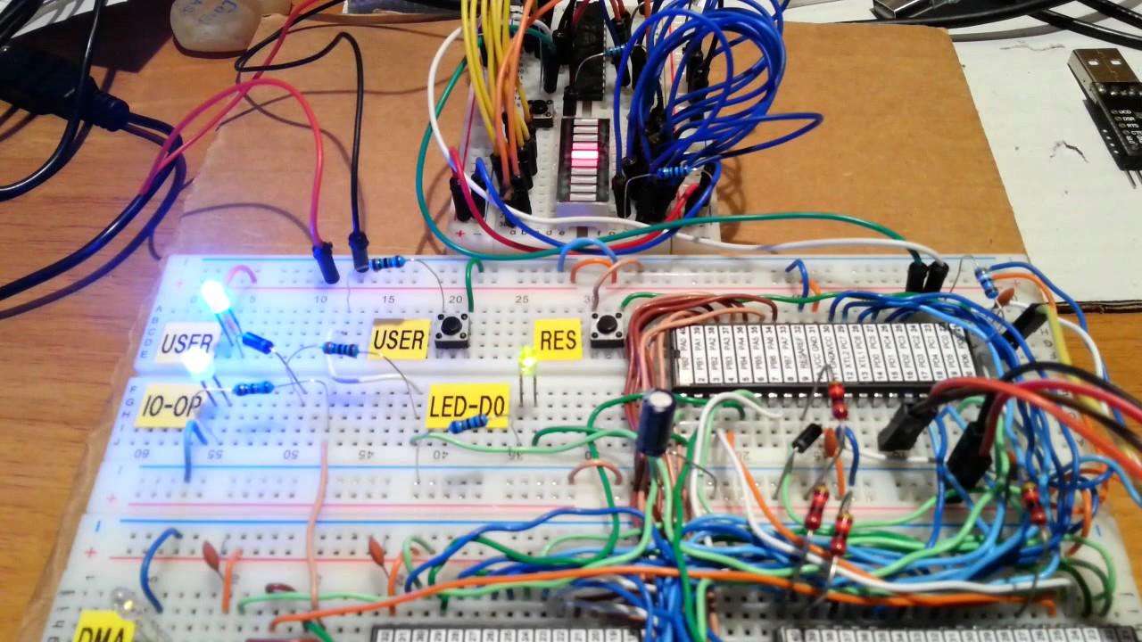 A 4$, 4ICs, Z80 homemade computer on breadboard | Details