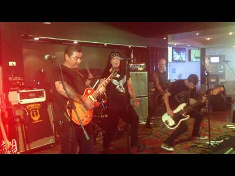 Dave Evans: Rockin' in the Parlour - Redcliffe - 26 Jan 2018 AC/DC
