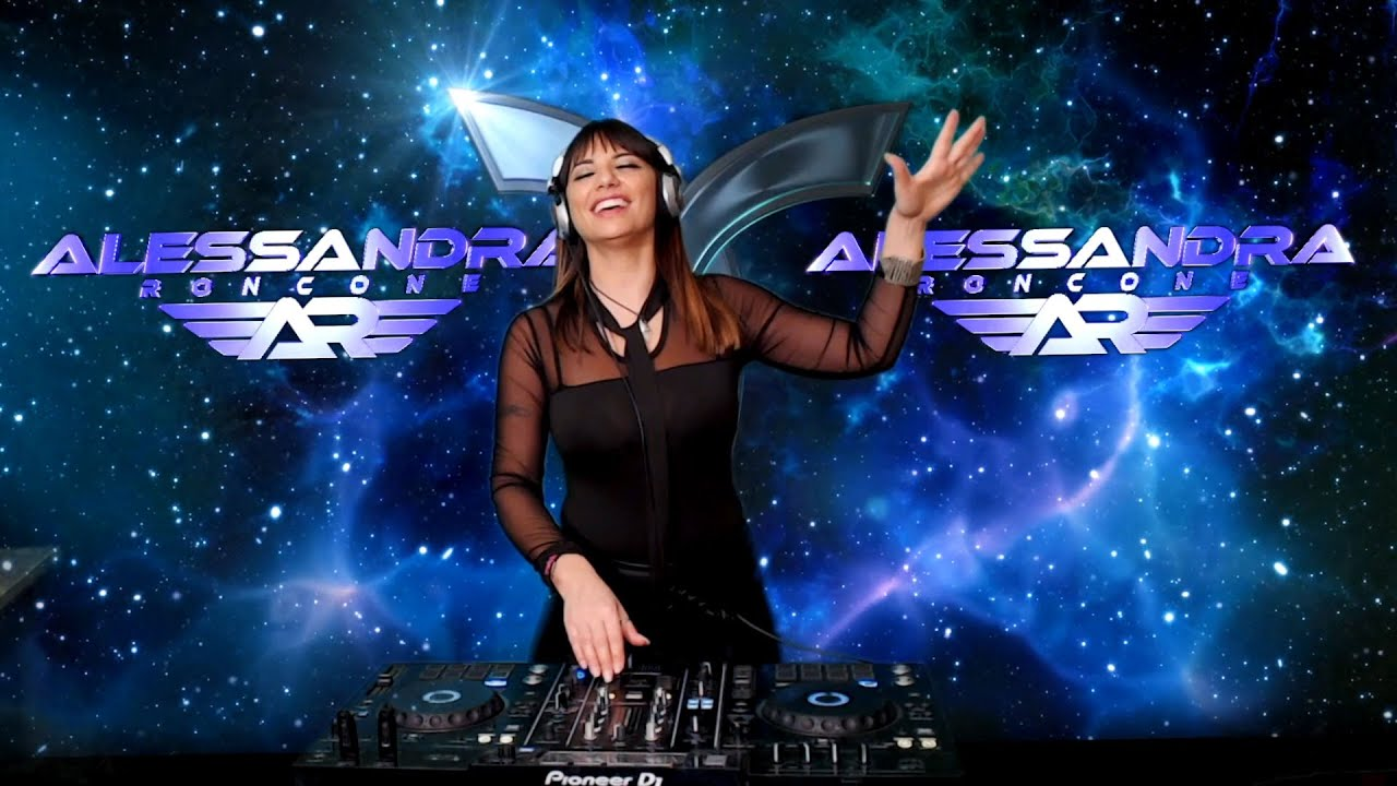 ALESSANDRA RONCONE (BIRTHDAY STREAM) ▼ TRANSMISSION LIVE